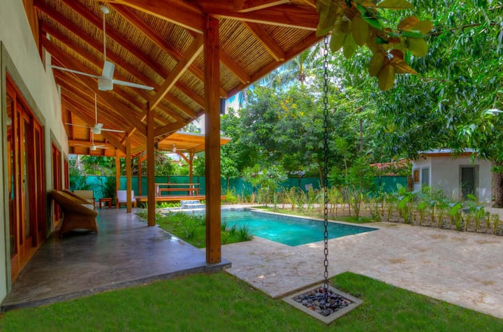 Luxury Home - steps to beach in HEART of Nosara