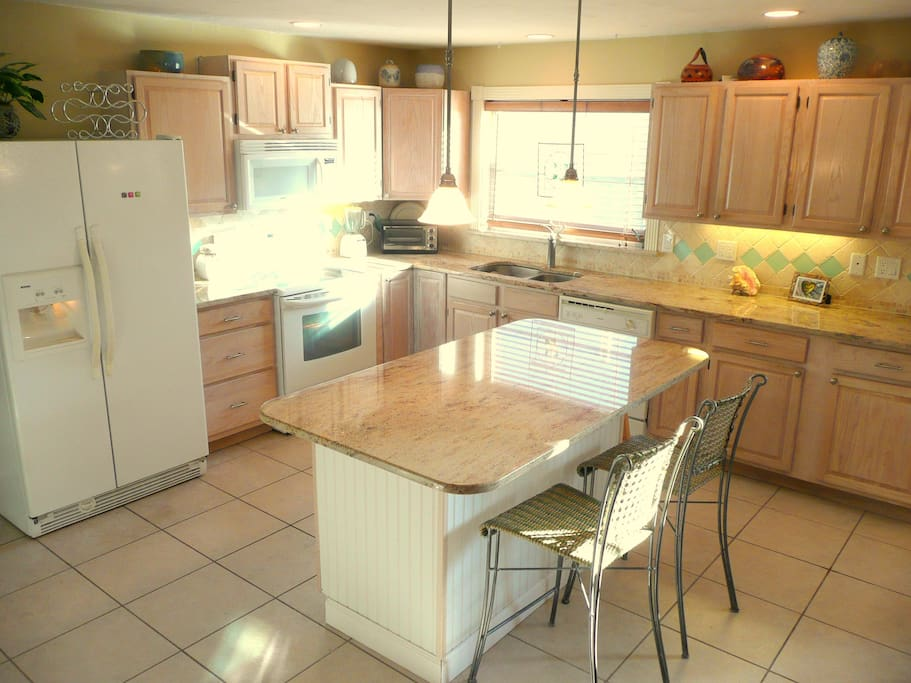 Fully equipped remodeled kitchen