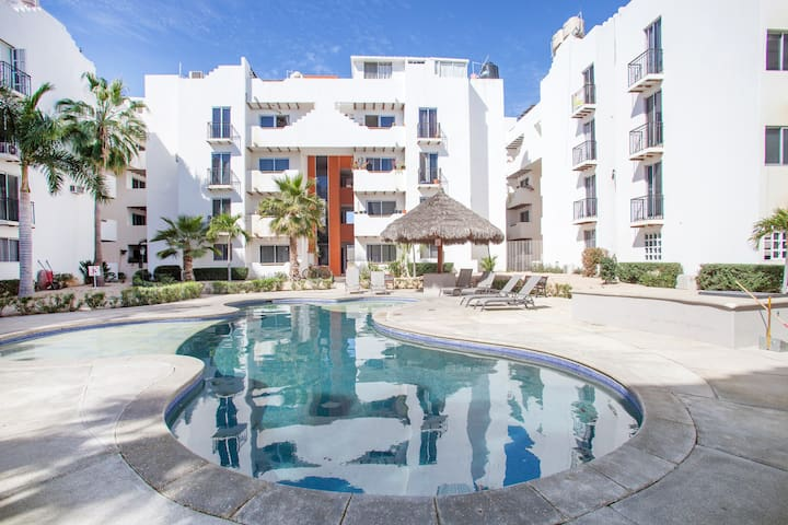 Cabo 3Br Condo Close to The Beach & Golden Zone.
