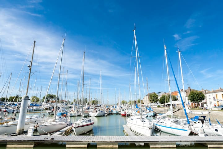 Maison sur le port de Mortagne - Mortagne-sur-Gironde - Haus