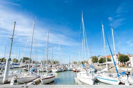 Maison sur le port de Mortagne - Mortagne-sur-Gironde - Ház