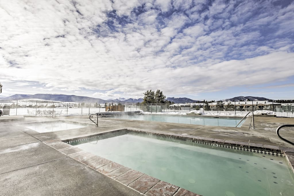 Enjoy all the resort amenities during your mountain retreat!