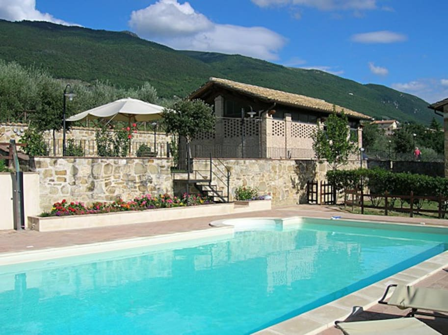 Villa rosy assisi agriturismi in affitto a assisi - Agriturismo assisi con piscina ...