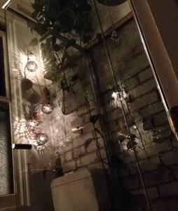 Hidden Gem in Heart of Collingwood - Collingwood - Apartment