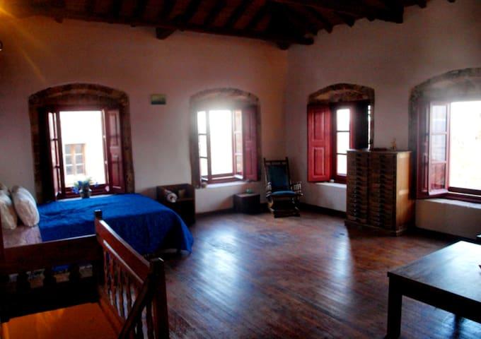 'Vecchia Casa' Mansion in Monemvasia's Castle