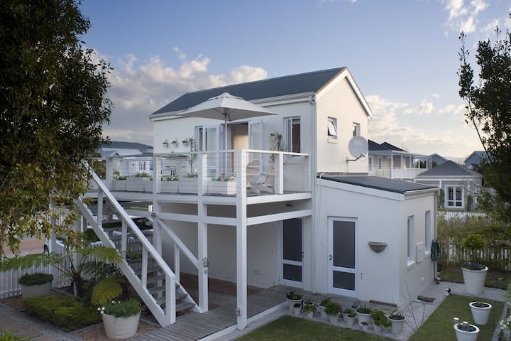 Knysna Picket and Post - Knysna - Apartament