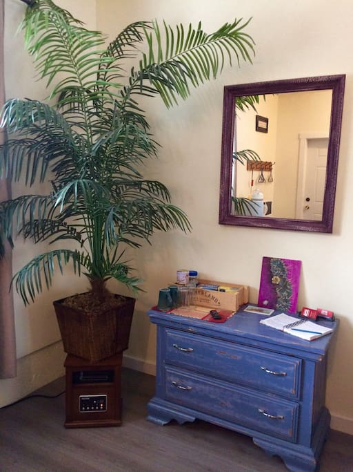 Dresser c/w with complimentary coffee and tea