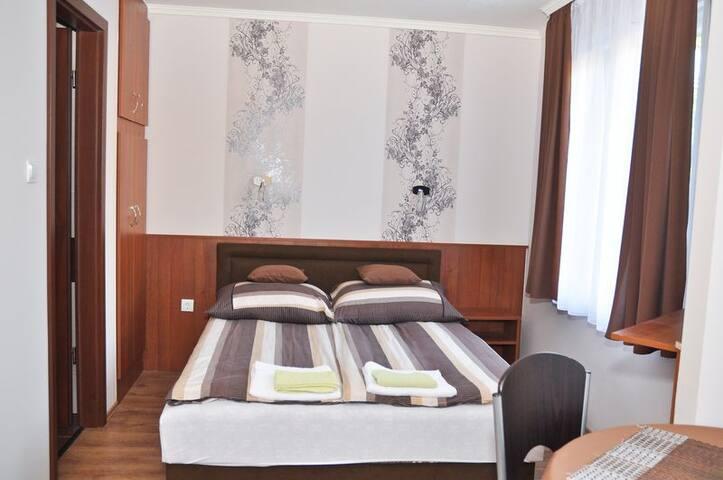 Kétszemélyes  apartman az emeleten - Hajdúszoboszló - Apartment