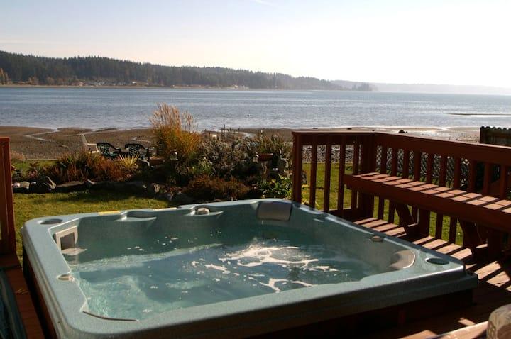 Allyn Beachfront-HotTub-Puget Sound