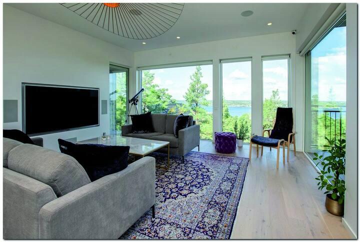 Modern Villa near the Sea &