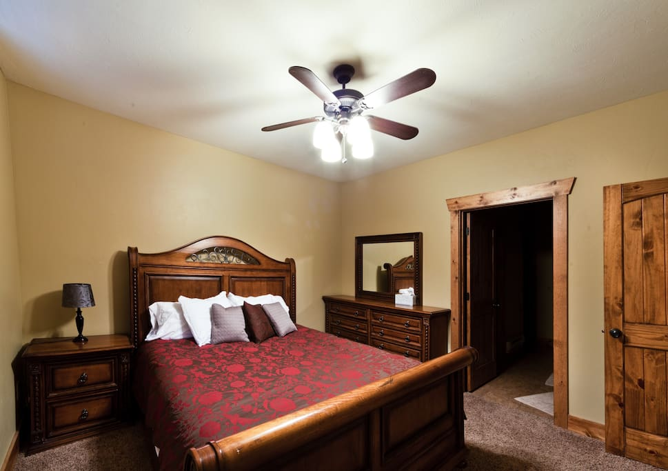 King sized bedroom. You'll feel like you're in your own 5-star cabin