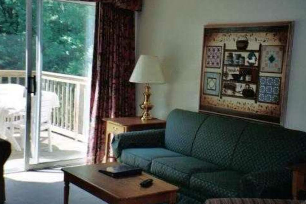 Decor and furnishings vary depending on unit location within the complex.