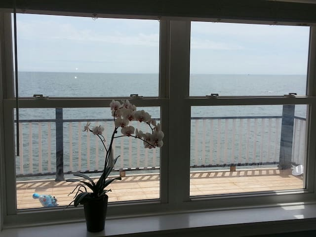 Stunning Views of Long Island Sound - East Haven - Casa
