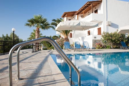 Villa Michalis for 4-5 persons - Agios Nikolaos - 公寓
