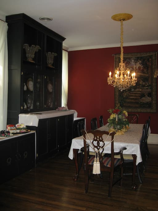 Dine in a formal setting.