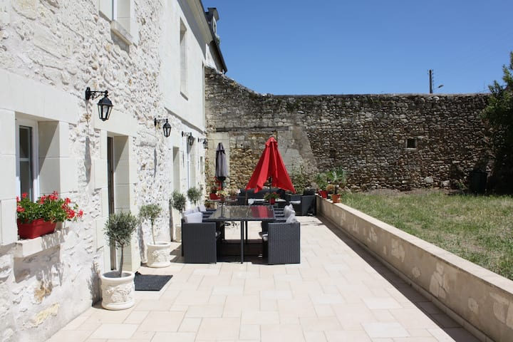 Dating fete in Chinon