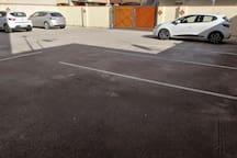 Parcheggio interno comando apertura elettrica