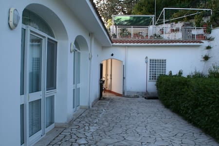 Dependance in villa - Villa