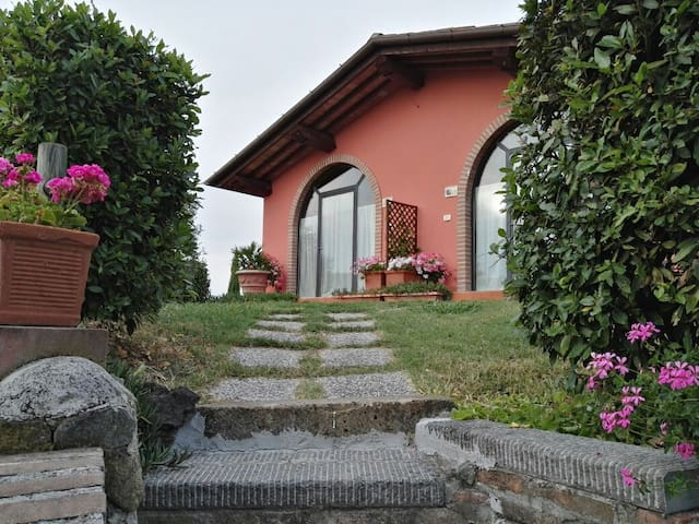 Farm house in Tuscany near Florence