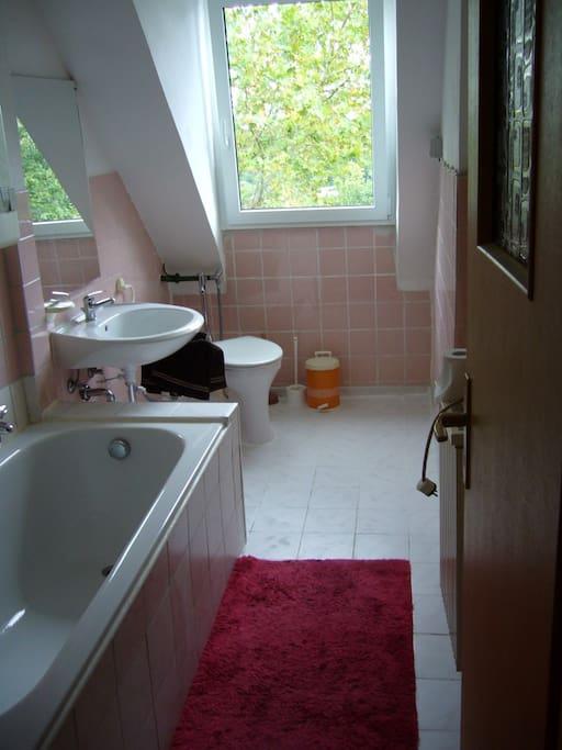 4 bett zimmer k che bad wohnungen zur miete in nuernberg bayern deutschland. Black Bedroom Furniture Sets. Home Design Ideas