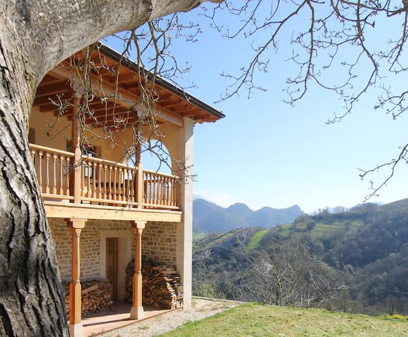 Lovely house in the Picos Mountains - Cabrales - 獨棟