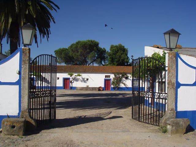 Monte da Serralheira - Evora - Apartment