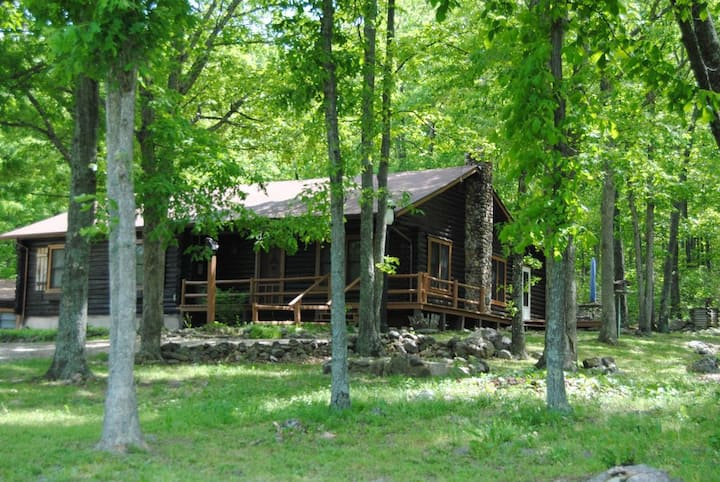 Arcadia Valley, Missouri Shepherd Mountain Cabin