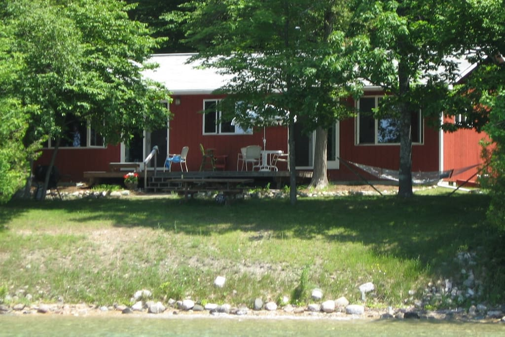 Torch Lake waterfront home - close to Bellaire! - Cottages