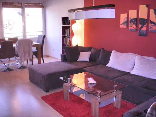 Beautiful 2-Room Apt. near Center - München - Leilighet