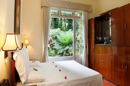 River Grove Home Stay  - Kandy - Bed & Breakfast