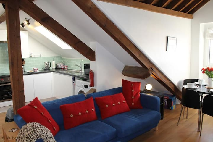 The Loft Sleeps 4, a charming and characterful self-catering holiday apartment.