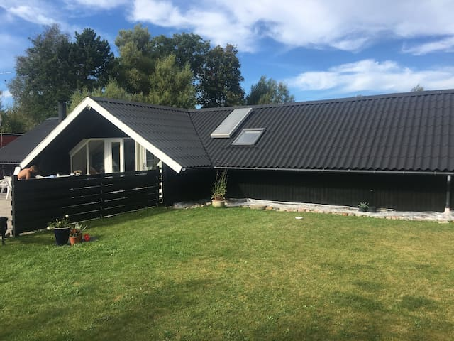 Nice vacation house near the sea - Sjællands Odde