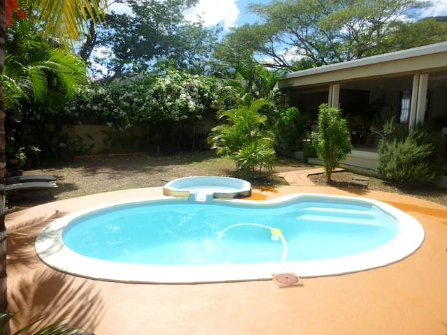 180m² for 2, with private pool & garden