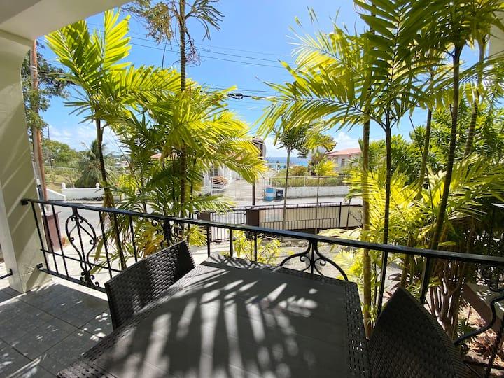 OCEAN 3 BED Garden Condo | Patio | Near Beaches