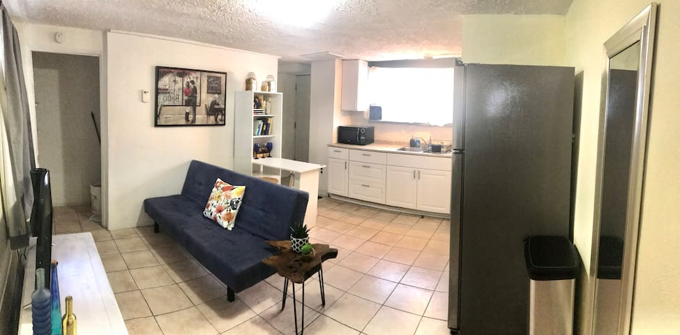 Perfect space to explore Bloomfield and see all that the neighborhood has to offer