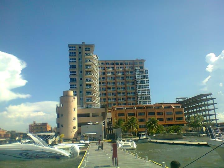 Marina suite puerto Varadero