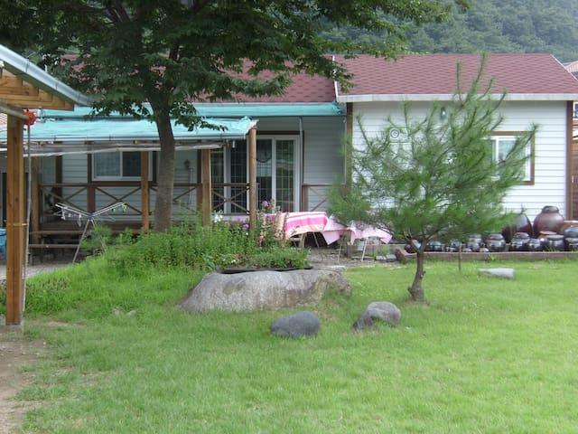 바람흔적펜션-별채 - Sicheon-myeon, Sancheong - Ev