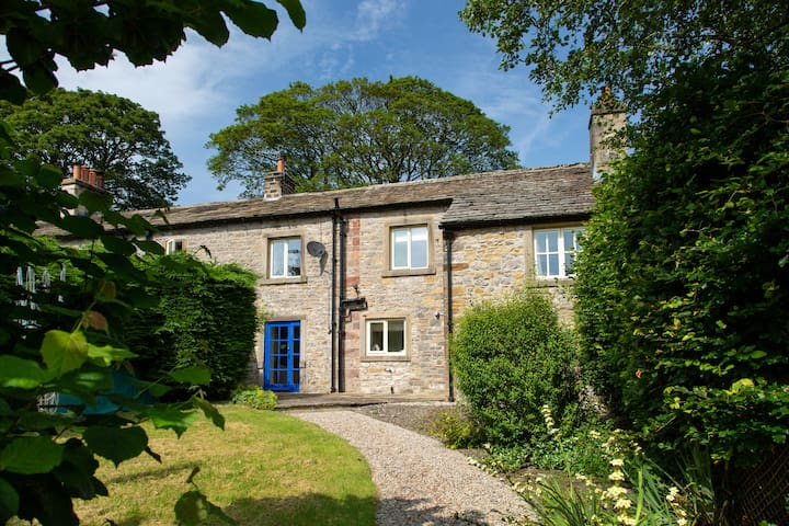 Gargrave Road - Peaceful Village Stay