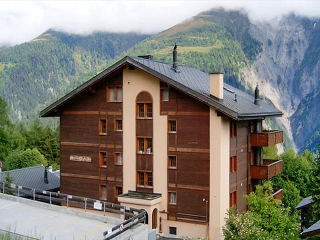 Nice chalet with mountain view