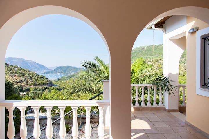 Great Villa with amazing sea views, quiet location - Katochori - Casa
