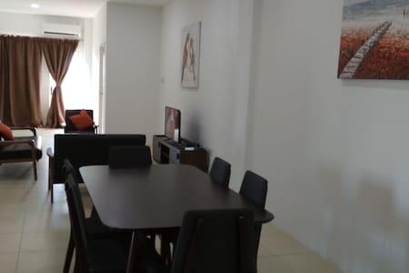Lot1674 Kg Sabun Apartment