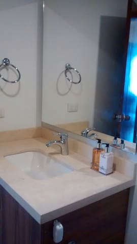 Moderno lavamanos