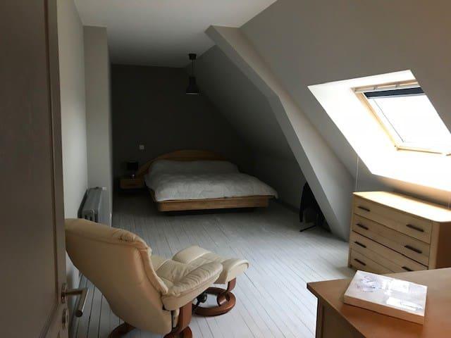 Chambre privée avec SdB dans longère rénovée