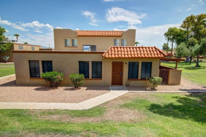 Private room & shared bath - Fountain Hills - Apto. en complejo residencial