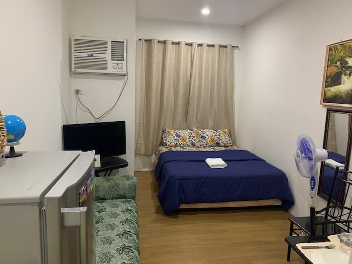 Studio Condo Near JPark Resort Long Term Only