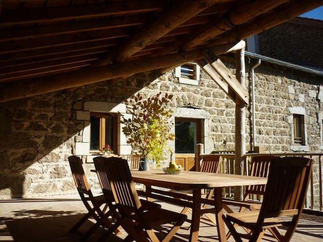 """Gite rural """" Le Val d'Ance """" - Usson-en-Forez - Talo"""