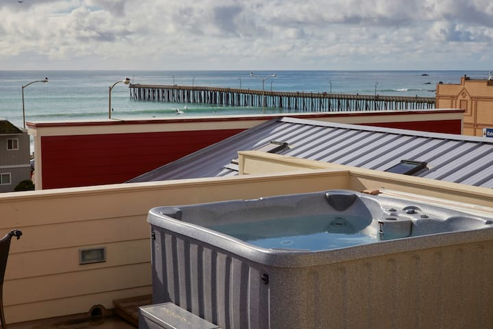 Sweet Suite Cayucos- across from the beach & pier