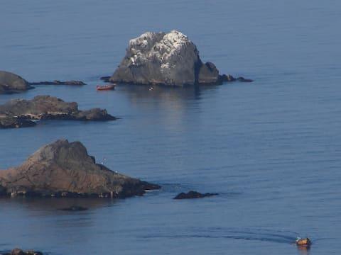 PuntaelViento  en un gran acantilado frente al mar