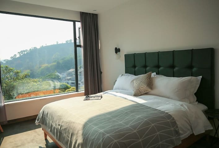 【风】无敌山景大床房 King-bed room #Wind, great view