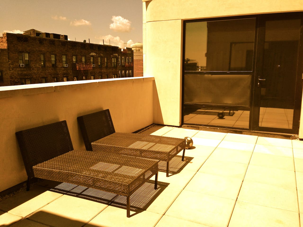 Private Terrace!